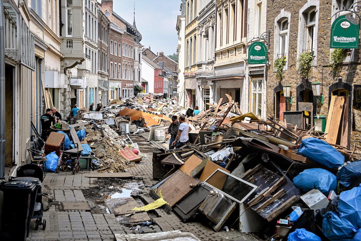 """독일 홍수 사망자 166명으로 늘어…""""재해대책 후진국 수준"""" 비판"""