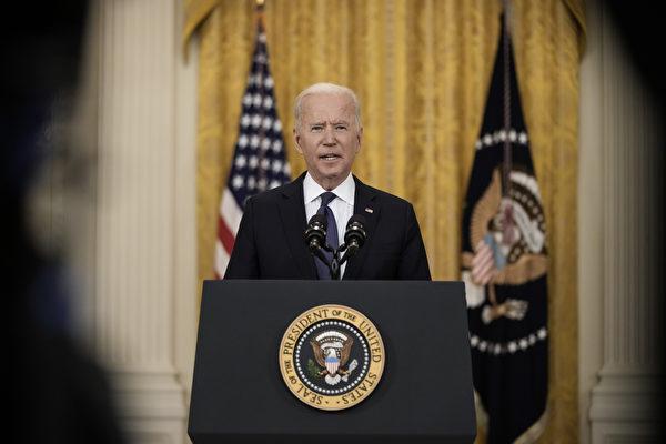조 바이든 미국 대통령이 2021년 5월 10일 워싱턴DC에서 백악관 이스트룸에서 경제 관련 발언을 하고 있다. | Photo by Drew Angerer/Getty Images)