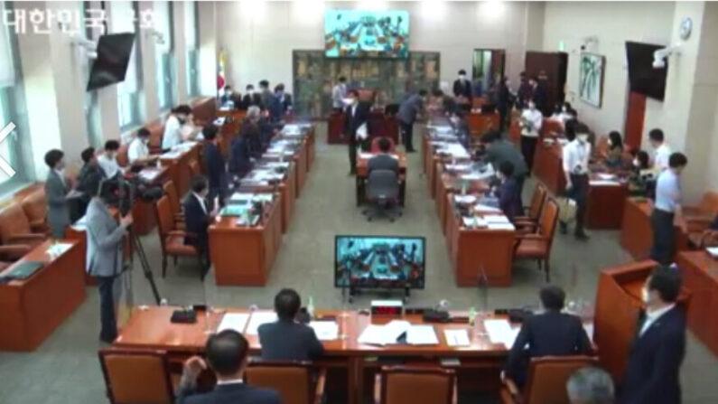 10일 문체위 전체회의   국회의사중계시스템 캡처