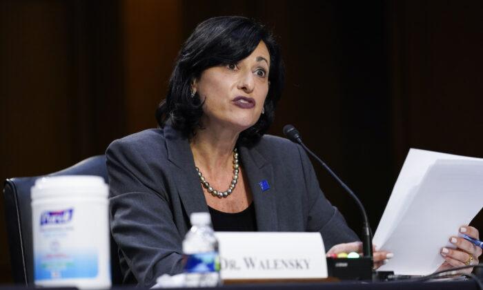 로셸 월렌스키 미국 질병통제예방센터(CDC) 국장. 2021.3.18 | Susan Walsh/Pool/Getty Images