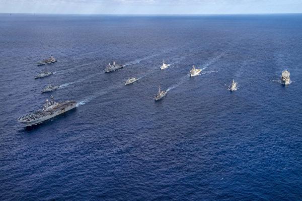 지난 6월 호주와 미국이 격년으로 시행하는 워게임 '탈리스만 사브르'(Talisman Sabre) 훈련. 7개국 1만7000여 명이 참가했으며, 한국도 충무공 이순신급 구축함 '왕건함'이 참여했다.   미 해군 제공