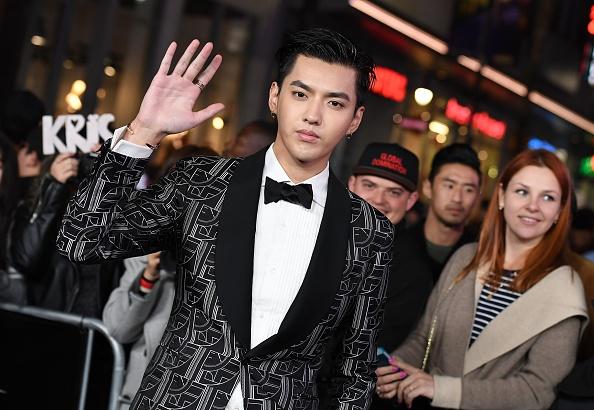 중국계 캐나다 출신의 엑소(EXO) 전 멤버 크리스 우가 2017년 1월 19일 미국 LA 파라마운트 픽처스의 '트리플 엑스 리턴즈' 시사회에 참석한 모습 (ANGELA WEISS/AFP via Getty Images)