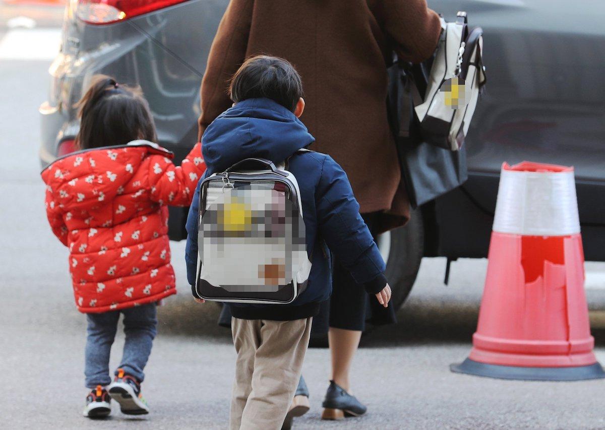 코로나로 인해 발생된 심각한 아동 심리, 교육 문제