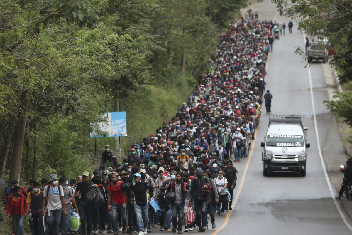 Migrants travelling on highway at Guatemala