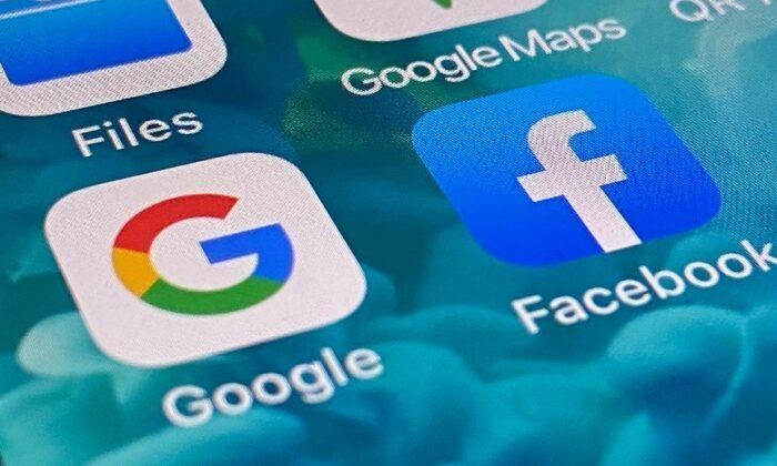 구글과 페이스북 로고가 스마트폰 화면에 표시되고 있다. | 에포크타임스